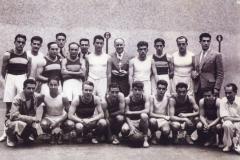 1-012-POLIDEPORTISTAS-DEL-CLUB-DEPORTIVO-BILBAO-en-1942