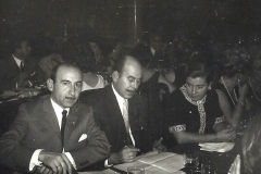 4-083-ANTONIO-DE-BLAS-ALBERTO-GLEZ.-DE-ANDOAIN-e-INMA-ZUBIAGA.1968