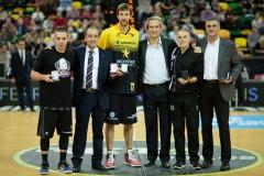 12-017-LOS-MVPs-en-el-75-Aniv.-FVB-el-29-10-2016