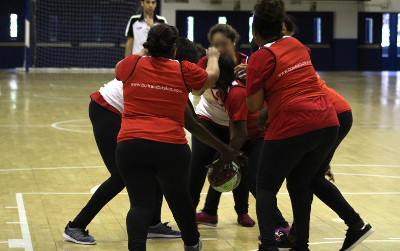 Con risas y baloncesto finaliza el 'IX Cuida Tu Cuerpo, Cuida Tu Mente'